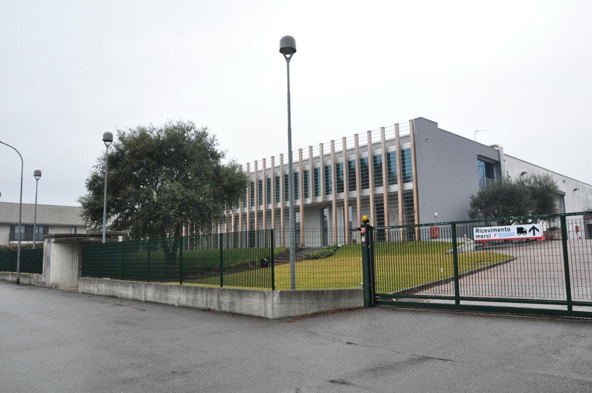 Ristrutturazione edificio industriale in Lomazzo (CO)