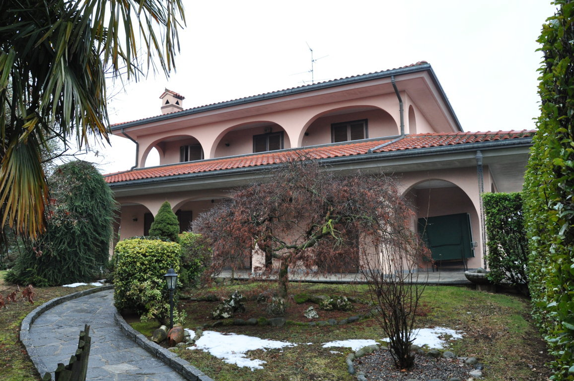 Villa unifamiliare in Bregnano (CO) (2)